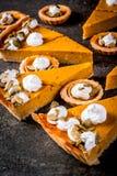Пряные пирог тыквы и tartlets Стоковое Изображение RF