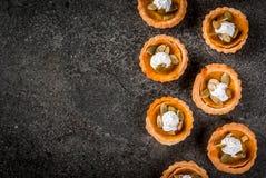Пряные tartlets тыквы Стоковая Фотография RF