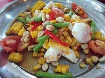 Пряный салат мозоли, Тайская кухня стоковая фотография
