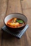 Пряный салат скумбрий в томатном соусе Стоковое фото RF