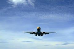 Птица самолета в небе Стоковые Изображения RF
