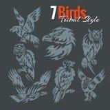 Птицы в племенном стиле вектор комплекта сердец шаржа приполюсный Стоковая Фотография