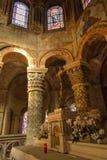 Пуатье, Франция - 12-ое сентября 2016: Внутри церков St Стоковые Изображения RF