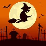 Пугающее кладбище с ведьмой Стоковые Изображения