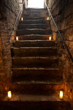 Пугающие каменные лестницы в старом замке Стоковые Изображения