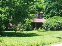 Пугающий дом фермы стоковые фотографии rf