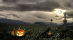 Пугающий погост Halloween с темными облаками Стоковая Фотография