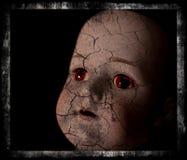Пугающий фотоснимок куклы. Стоковые Изображения RF