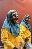 2 пугающих ведьмы под дождем на параде масленицы, Штутгартом Стоковые Изображения RF