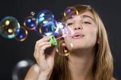 пузыри делая женщину Стоковое Изображение