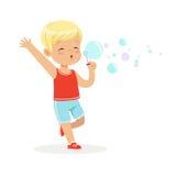 Пузыри милого маленького белокурого мальчика дуя vector иллюстрация бесплатная иллюстрация