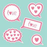 Пузырь речи установил с сердцами и влюбленностью слова. Карточка Стоковое фото RF
