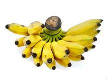 Пук излишек зрелого банана изолированного на белой предпосылке Стоковые Изображения