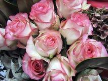 Пук искусственных роз стоковая фотография rf