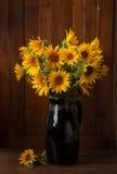 Пук красивых солнцецветов Стоковая Фотография