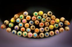 Пук покрашенных карандашей стоковое изображение