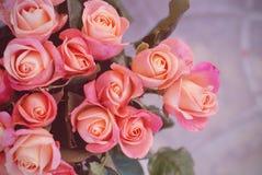 Пук розового букета роз персика с космосом экземпляра Стоковые Изображения RF