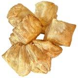 Пук свеже испеченного квадратного печенья слойки Zu-Zu круассана сезама изолированный на белой предпосылке Стоковые Изображения