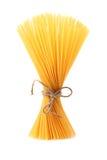 Пук спагетти изолированных на белой предпосылке Стоковые Фото