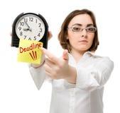 пункты девушки фокуса часов к Стоковое Фото