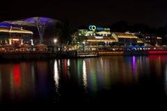 Пункт берег реков Кларка Quay на ноче Стоковое Изображение RF