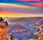Пункт Yavapai национального парка гранд-каньона захода солнца Аризоны Стоковые Изображения