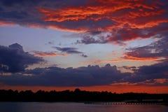 пунцовый заход солнца Стоковое фото RF