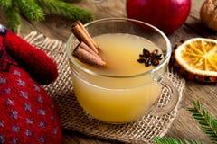 Пунш рома яблочного сидра стоковая фотография