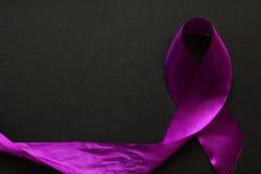 пурпуровая тесемка Стоковые Изображения