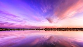 пурпуровый заход солнца Стоковые Изображения