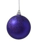 пурпур украшения рождества шарика Стоковые Изображения