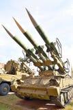 Пусковая установка 2P25M1 с 3 ракетами 3M9M3 ракеты сложного 9K12 Kub-M3 в воинском музее артиллерии Стоковые Фотографии RF