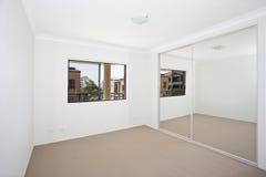 пустая белизна комнаты стоковое изображение