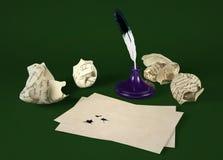 Пустая бумага письма с ручкой quill и чернильницей Стоковая Фотография