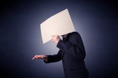 пустая бумага удерживания бизнесмена Стоковые Изображения RF