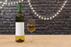Пустая бутылка белого вина Стоковые Изображения