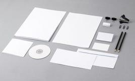 Пустая визуально тождественность. Letterhead, визитные карточки, конверты, fo стоковые фото