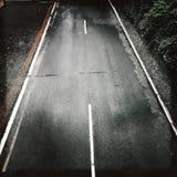Пустая дорога осмотренная сверху Стоковое фото RF