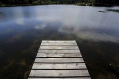 Пустая деревянная пристань Стоковые Изображения RF