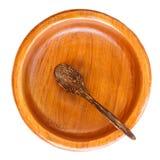 Пустая деревянная плита при деревянная изолированная ложка Стоковая Фотография