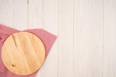 Пустая деревянная разделочная доска Стоковое Изображение