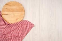 Пустая деревянная разделочная доска Стоковая Фотография