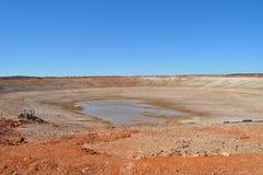 Пустая засуха запруды отсутствие воды Стоковая Фотография RF