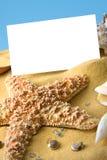 Пустая карточка на вертикали пляжа Стоковое Изображение