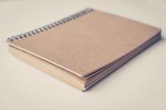 Пустая книга, винтажная книга изолированная на белизне Стоковые Фотографии RF