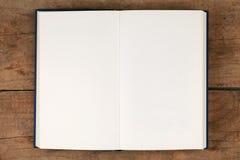 Пустая книга Стоковые Изображения RF