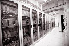 Пустая комната сервера стоковая фотография rf