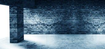Пустая комната со старыми кирпичными стенами, большими окнами, темной комнатой, солнечным светом бесплатная иллюстрация