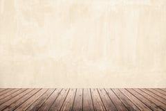 Пустая комната стены grunge и деревянного пола Стоковое Изображение