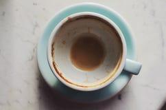 Пустая кофейная чашка на мраморной предпосылке Стоковые Фото